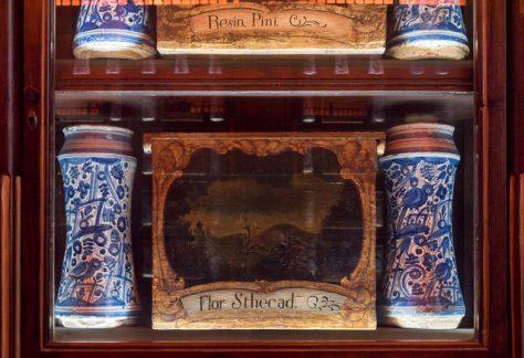 Caixes per drogues vegetals, del segle XVIII.
